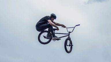 bmx-camp-kicker-grab
