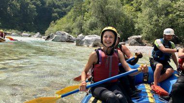 aktiv-jugendreise-kaernten-maedchen-rafting